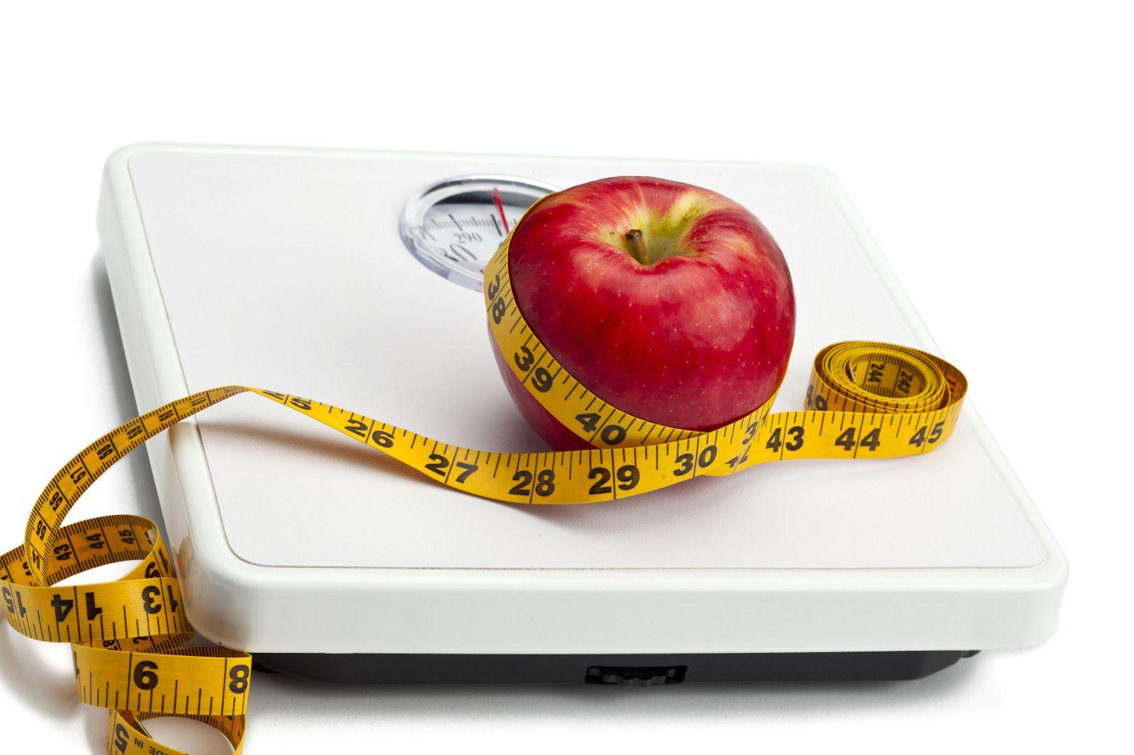 Если вы срываетесь, то это нормально для всех худеющих, но чем строже ваша диета, тем труднее будет ее придерживаться