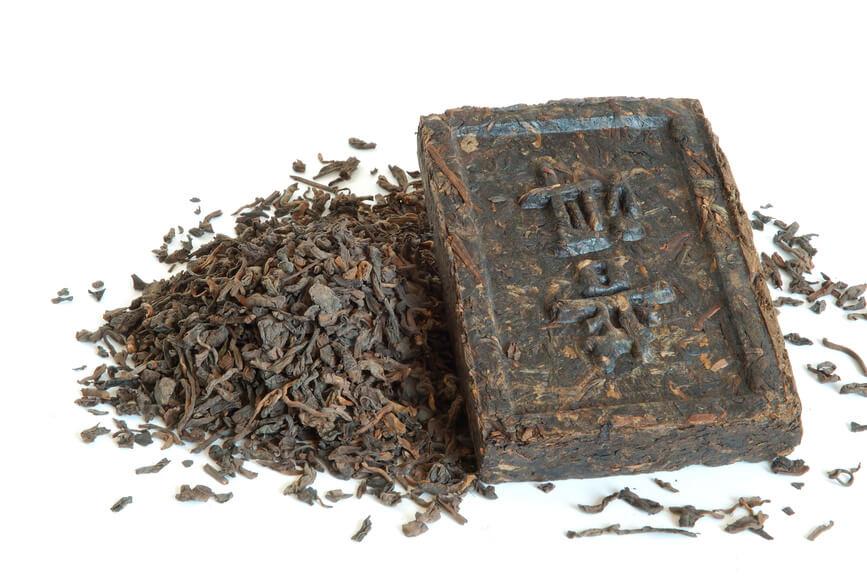 Особое внимание нужно уделять выбору чая и его завариванию, а вот употреблять его можно обычным, привычным способом