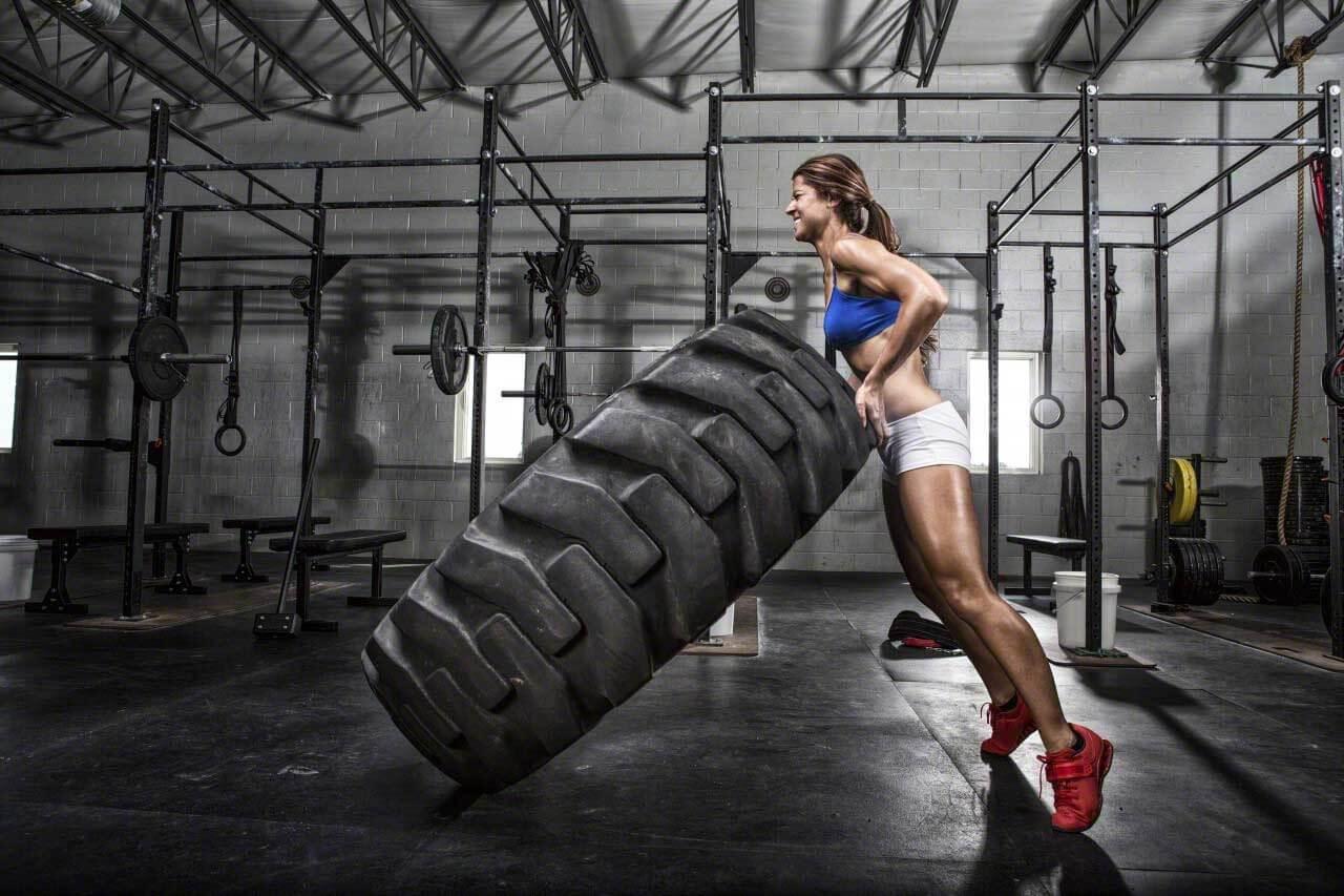 Кроссфит - фитнес направление, развивающее силу и выносливость