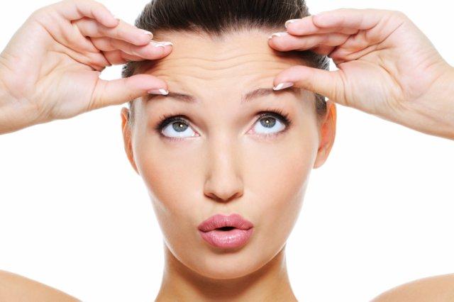 А поскольку мышцы лица тесно соединены с кожей, то кожа повторяет каждое из движений мышц