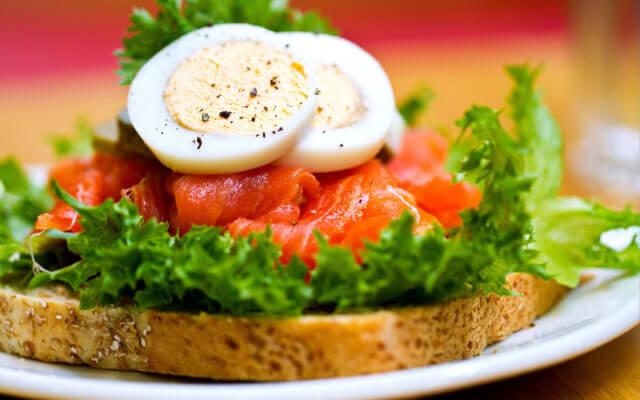 При желании белковый и овощной дни можно чередовать, повторяя через два дня