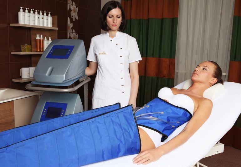 Прессотерапия или прессомасcаж, сочетает в себе целебную силу массажа и принципы физиологического дренажа тканей