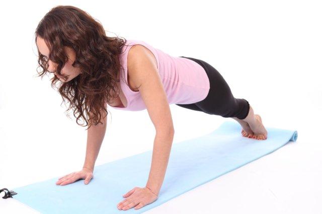 Это упражнение используют даже опытные атлеты, т. к. оно позволяет более тщательно проработать мышцы