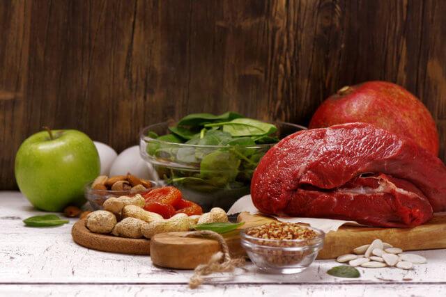 Щадящая диета снижает нагрузку на истощенные болезнью почки и все мочевыделительные органы