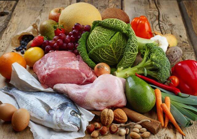 Помогает поддерживать здоровые значения питательных микроэлементов в организме